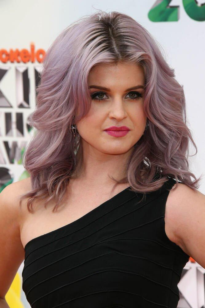 grijze-lila-haarkleur