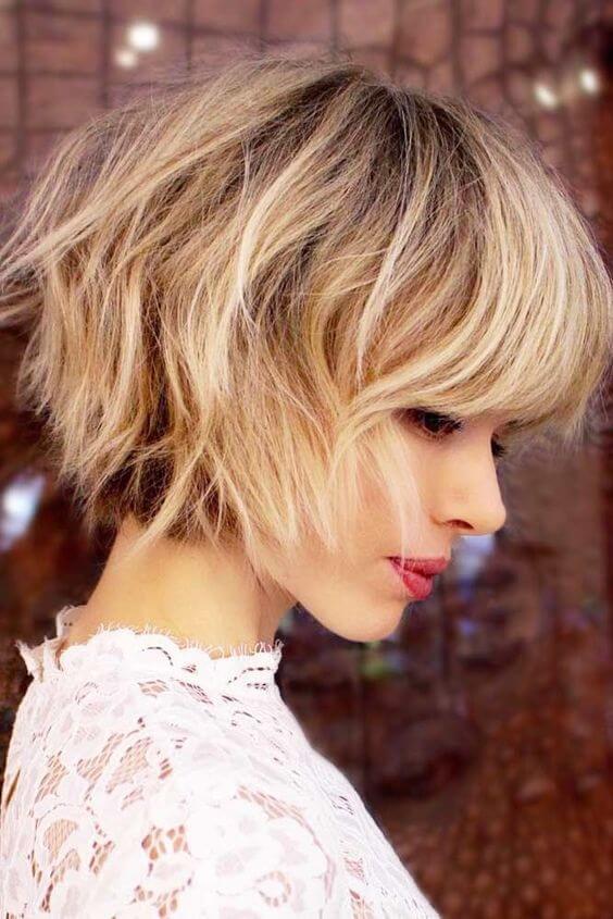 kort-blond-kapsel
