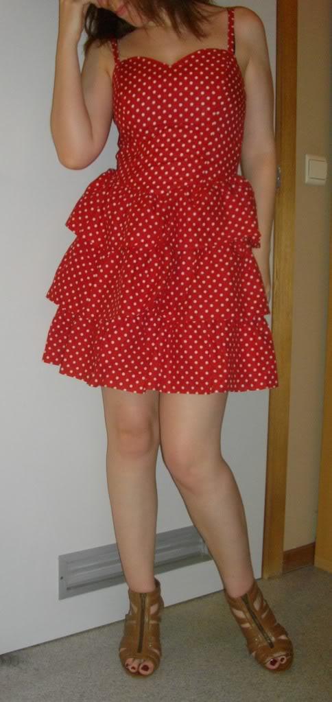 bruin haar red polkadot dress jurk
