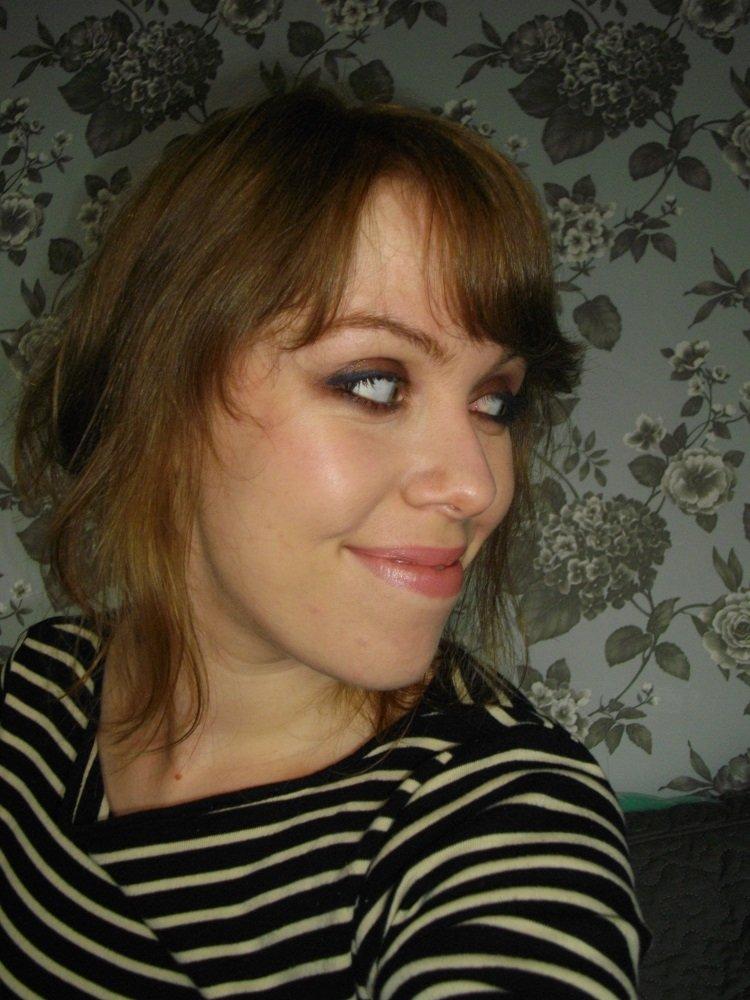 blue-eyeliner-look