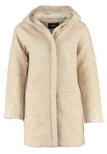 fluffy-winterjas