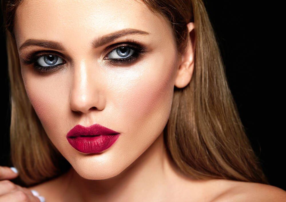 herfstmakeup-donkere-lipstick