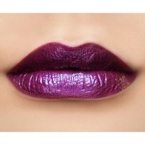 makeupgeek-foiled-lip-gloss-drumroll-swatch