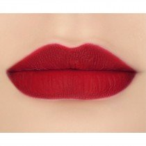 makeupgeek-iconic-lipstick-lip-swatch-feisty