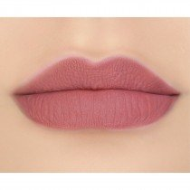 makeupgeek-iconic-lipstick-lip-swatch-gullible