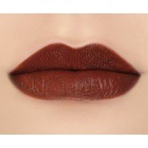makeupgeek-iconic-lipstick-lip-swatch-witty