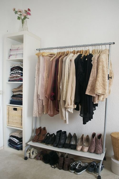 minimalism-wardrobe-2