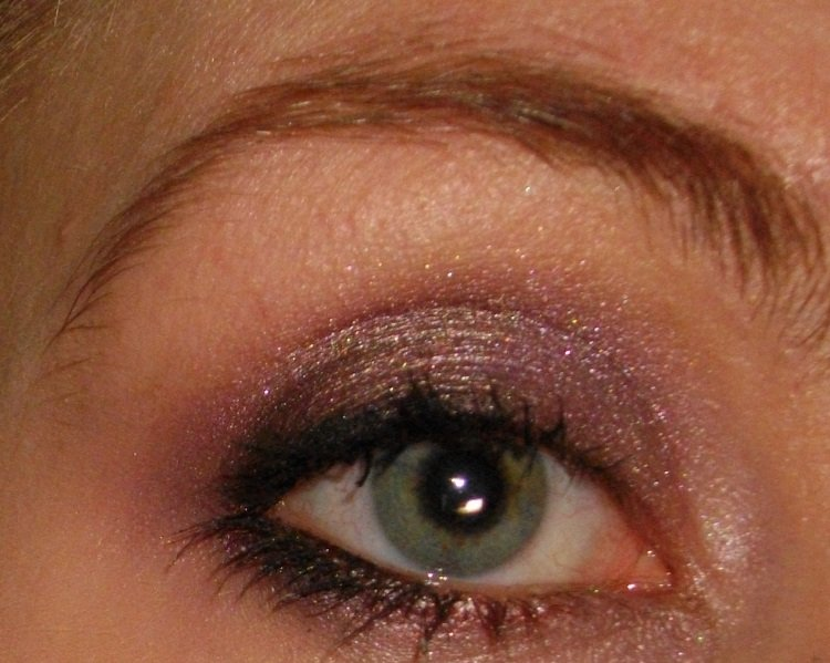 too-faced-chocolate-bar-palette-look-2