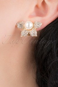 169076-Lovely-31368-Pearl-Half-Flower-Earring-041MW-category