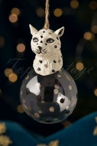 169085-SassBellw-32668-Leopard-Head-Bauble-20191022-002-W-category