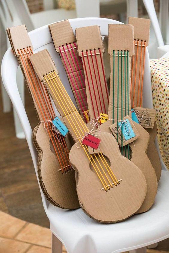 gitaar-knutselen-karton