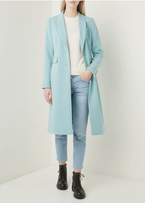 lichtblauwe-pastel-lange-jas