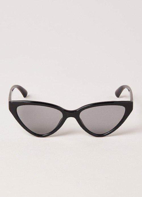 armani-cat-eye-zonnebril
