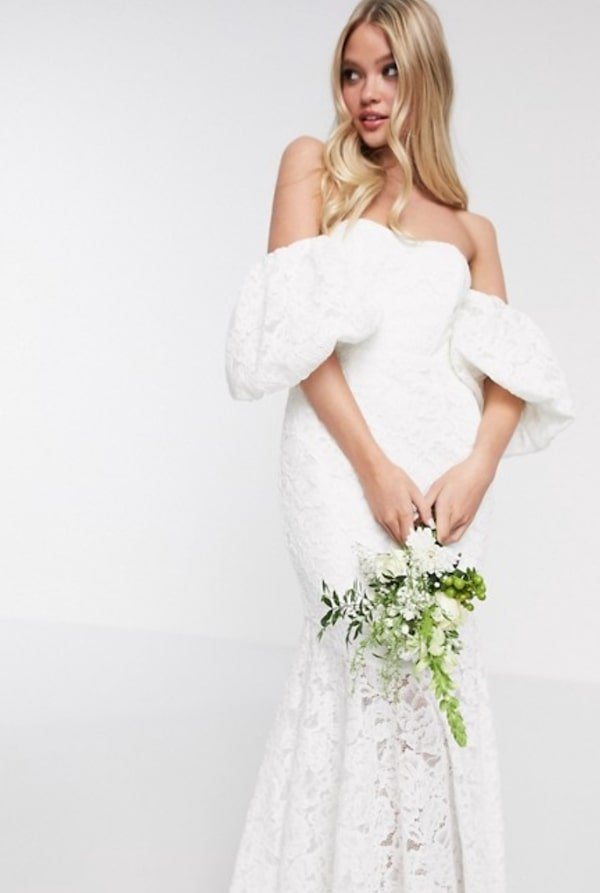 bardot-mouwen-trouwjurk