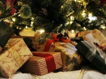 hoe-cadeaus-inpakken