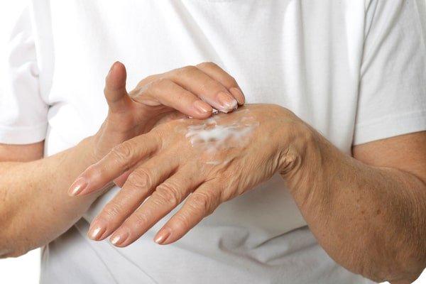 handverzorging-rijpere-huid