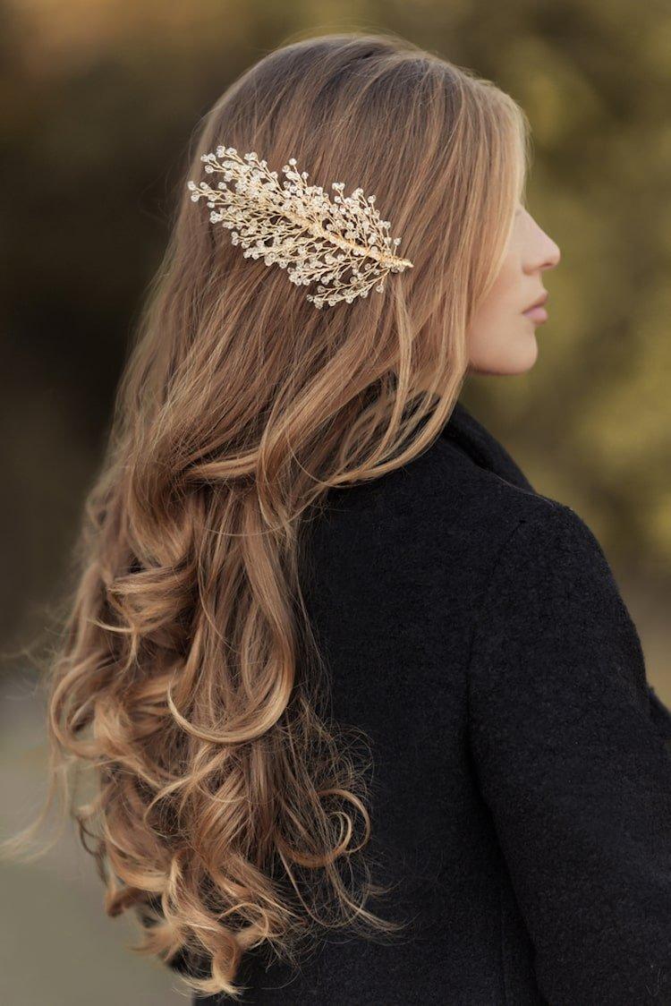 lang-haar-kapsels-haarjuweel-min