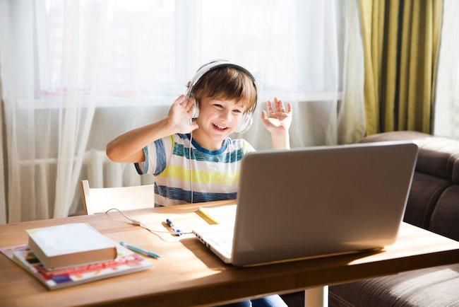 kinderen-spelen-afstand