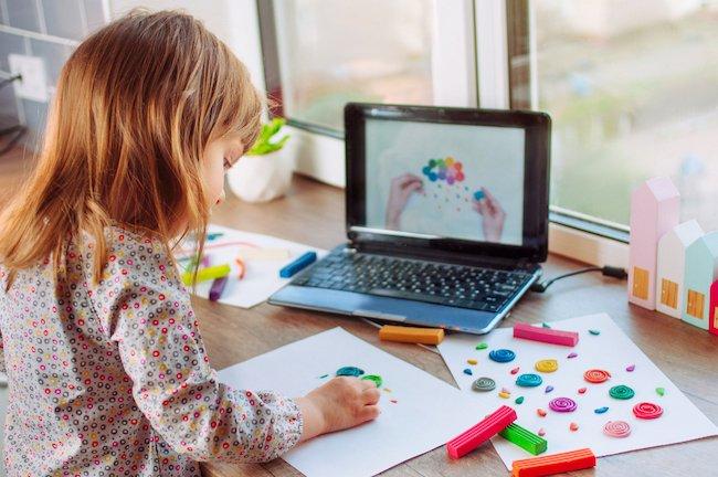 kinderen-verveling-alleen-bezighouden